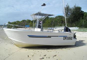 boats-599m